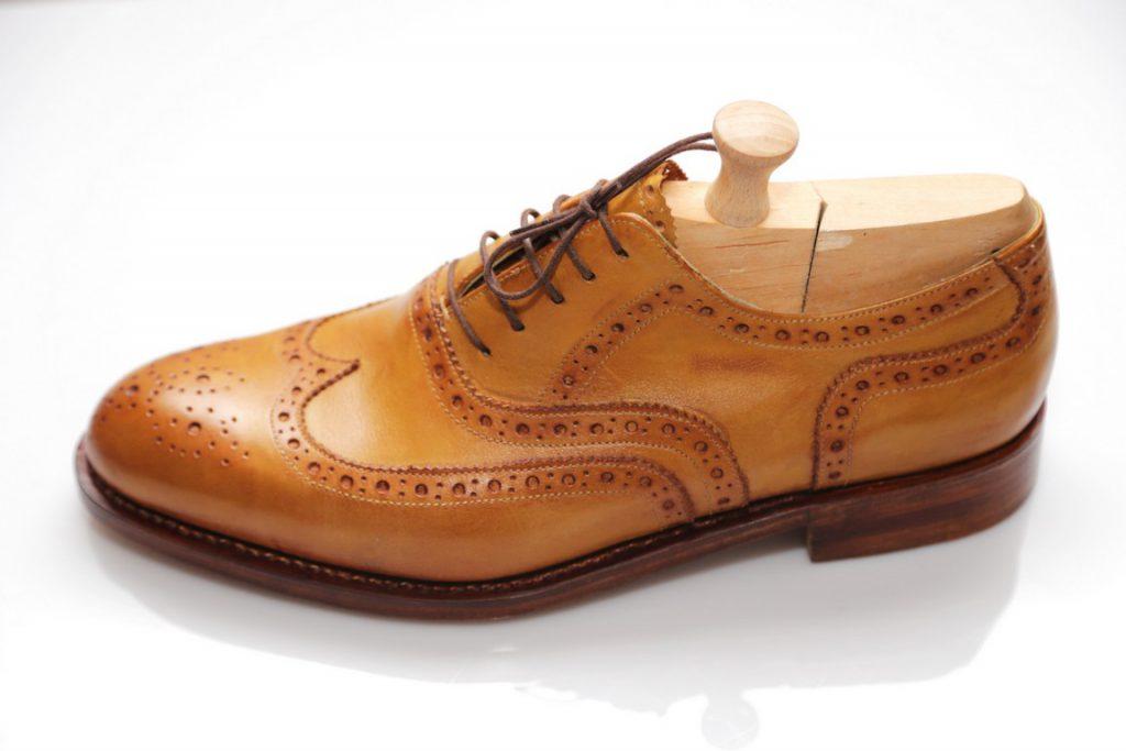 b37bd9ea26 Exkluzívna obuv na mieru - Tibor Horváth