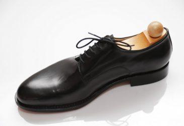 Exkluzívna obuv Derby čierna